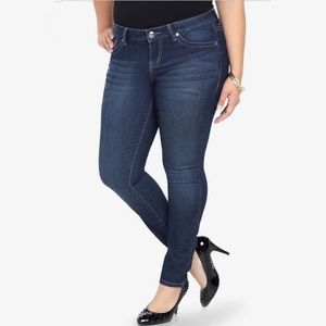 Torrid Classic dark blue wash skinny jeans 18